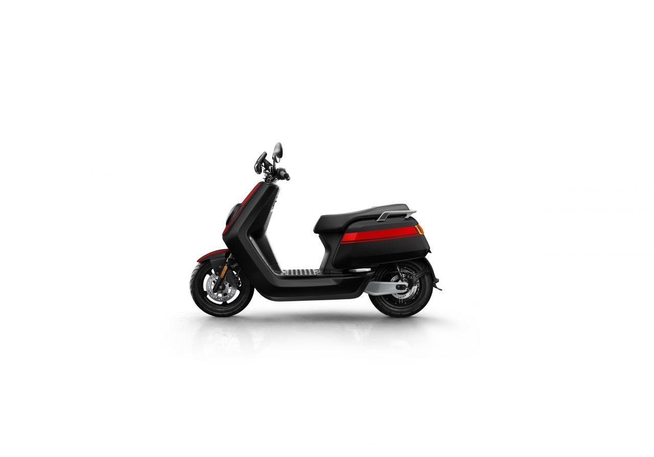 NQi GTs 6035 x2 (fekete/piros)